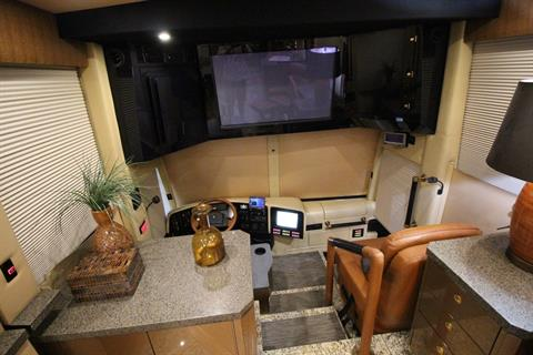 2007 Prevost Featherlite in Wolfforth, Texas - Photo 28