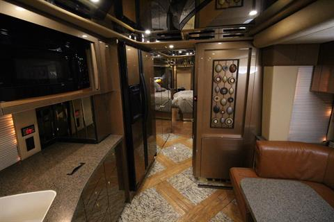2007 Prevost Featherlite in Wolfforth, Texas - Photo 33