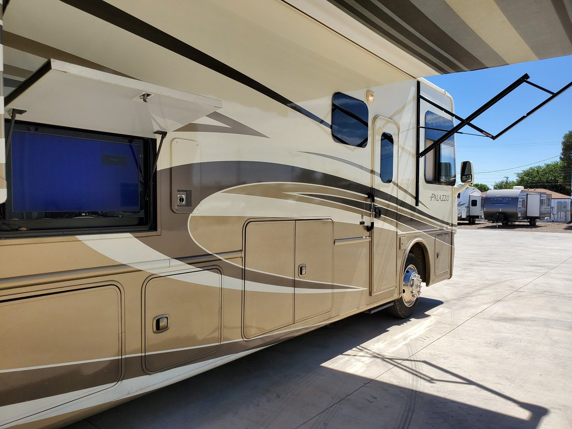 2014 Thor Palazzo 36.1 in Wolfforth, Texas - Photo 17