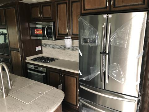 2020 Heartland Rvs LM Newport in Wolfforth, Texas - Photo 3