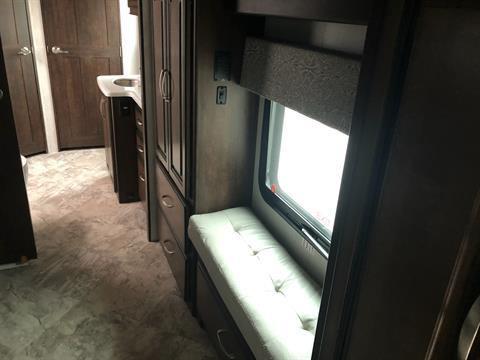 2020 Heartland Rvs LM Newport in Wolfforth, Texas - Photo 9