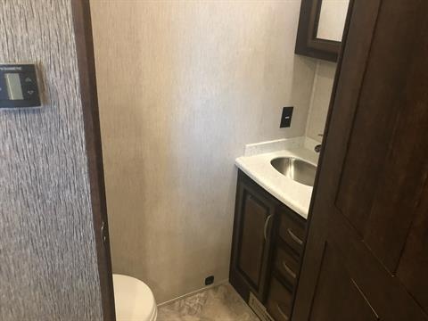 2020 Heartland Rvs LM Lafayette in Wolfforth, Texas - Photo 6