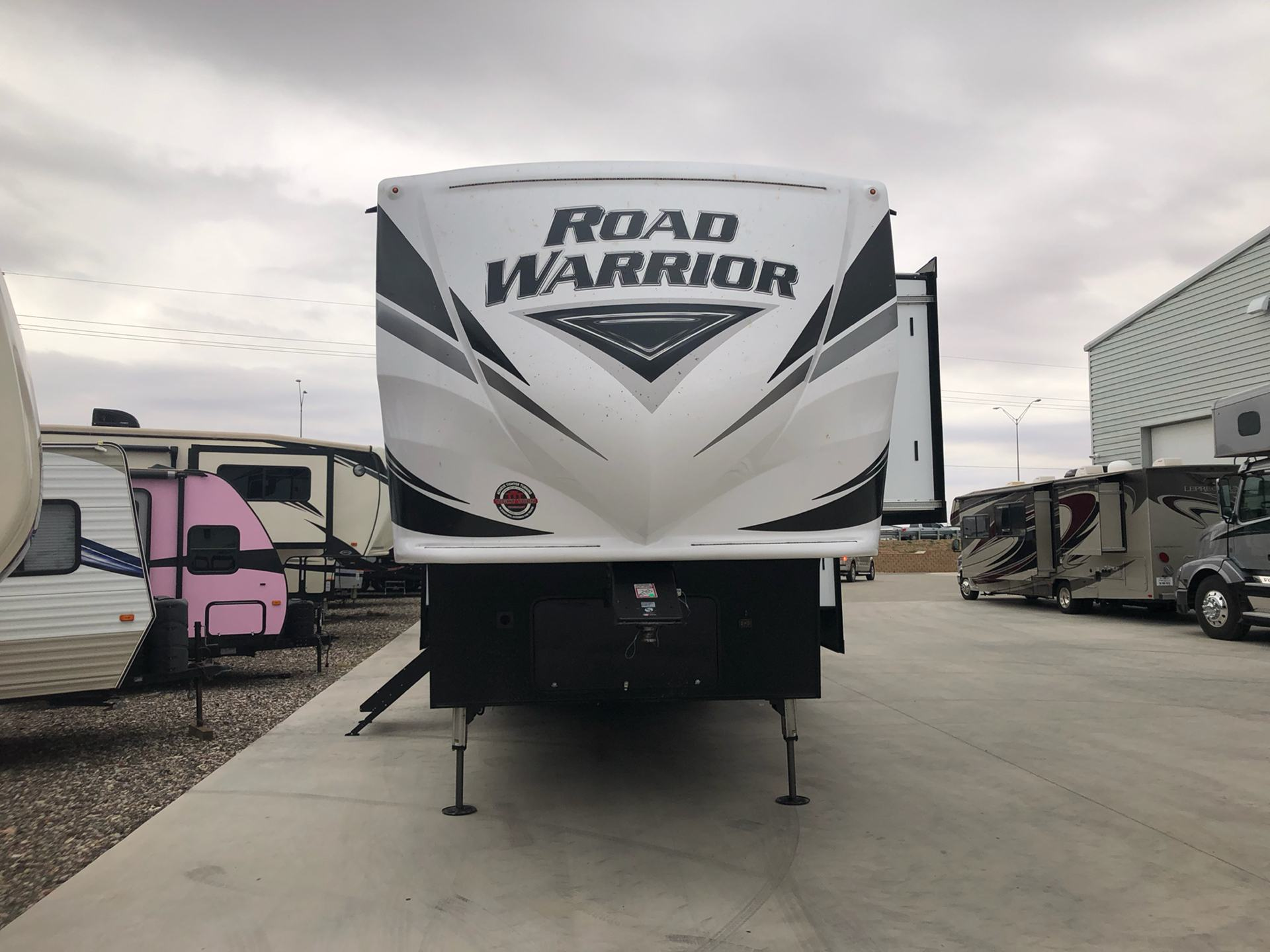 2020 Heartland Rvs RW 413 in Wolfforth, Texas - Photo 1