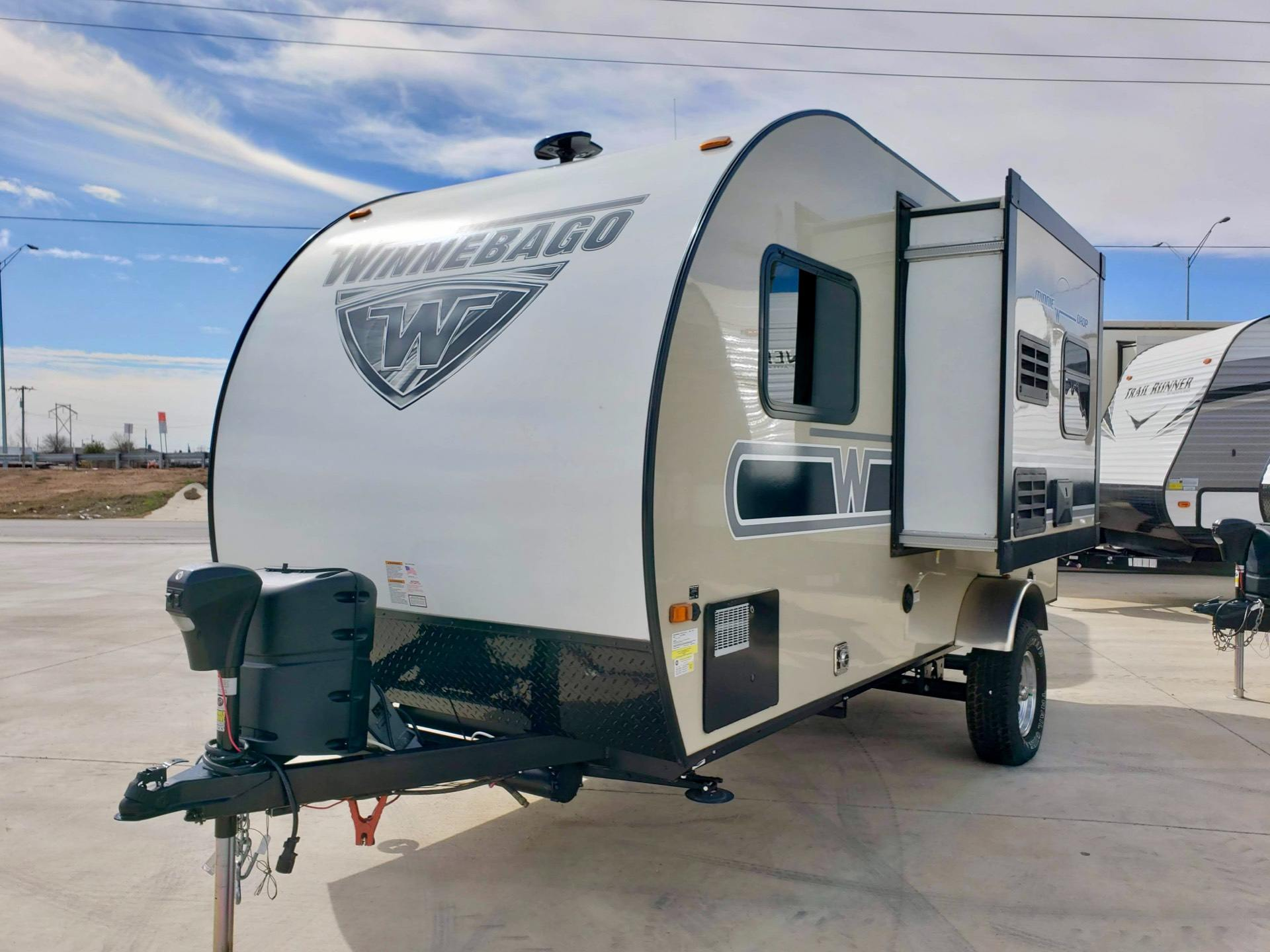 2019 Winnebago MD170K in Wolfforth, Texas - Photo 9