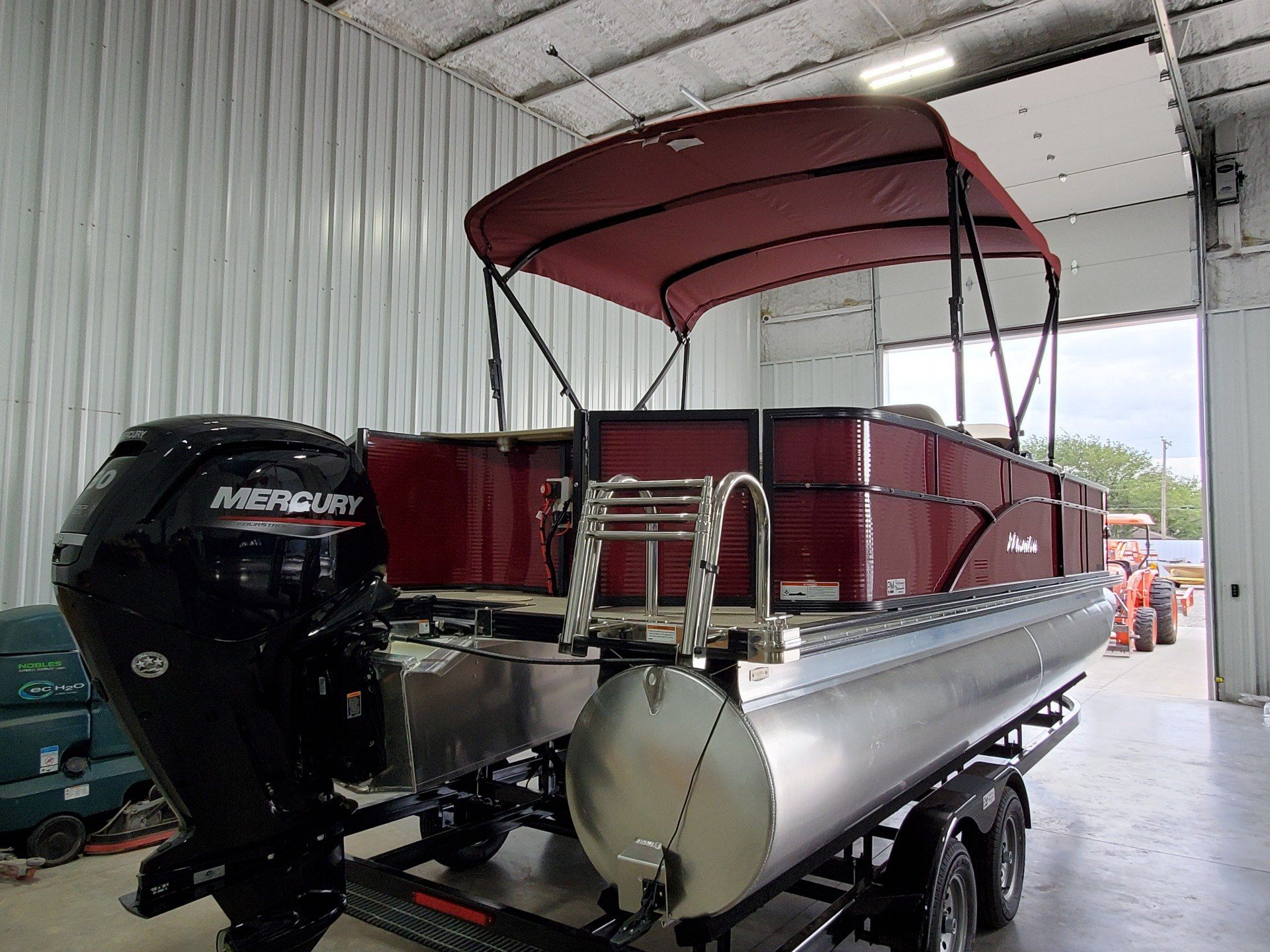 2021 Triton Industries Manitou 22 AuroraLE Angler in Wolfforth, Texas - Photo 7