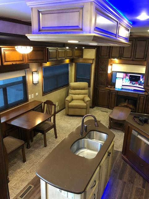 2014 DRV Mobile D Suites 39RESB3 in Wolfforth, Texas - Photo 13