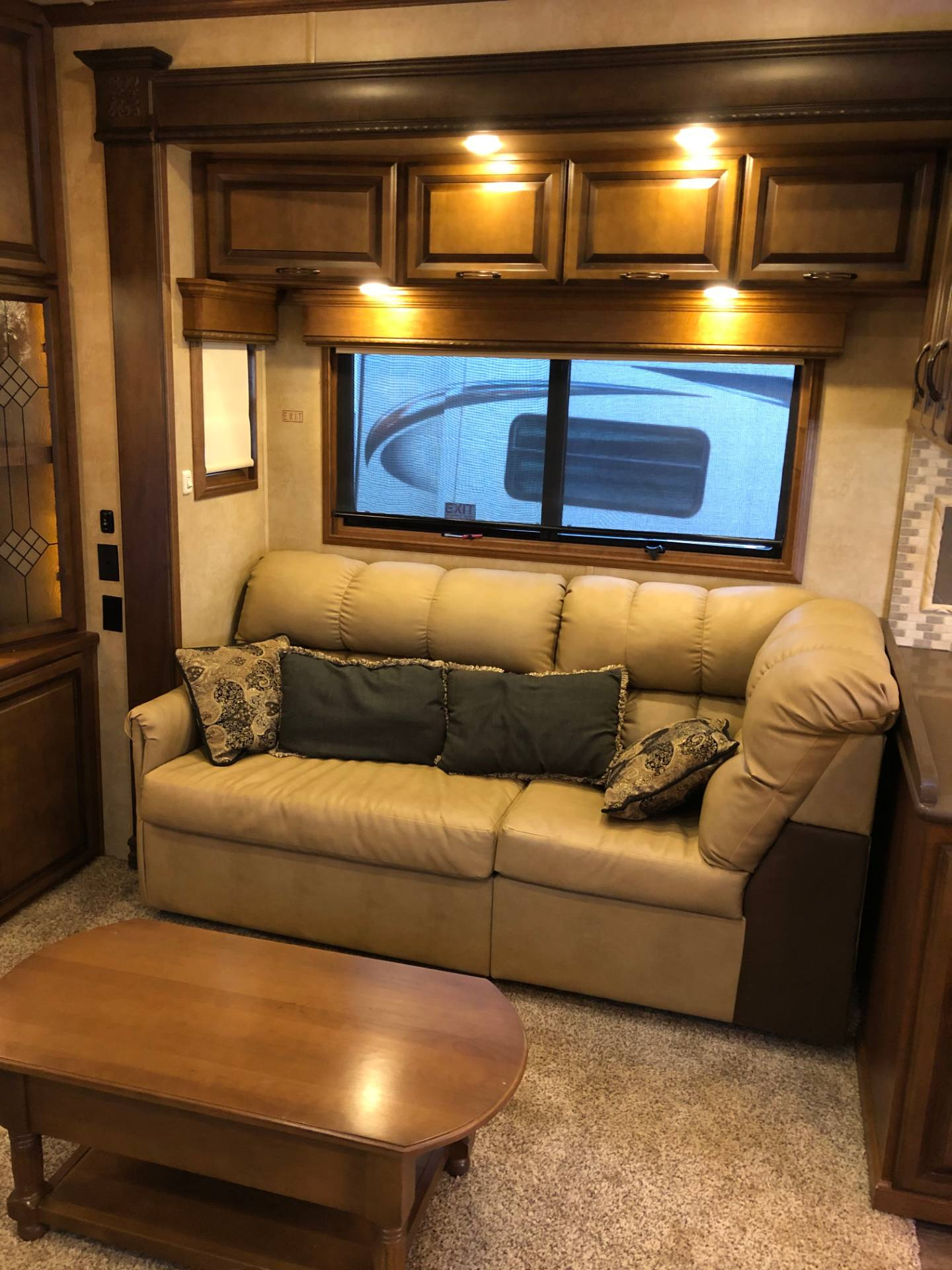 2014 DRV Mobile D Suites 39RESB3 in Wolfforth, Texas - Photo 18
