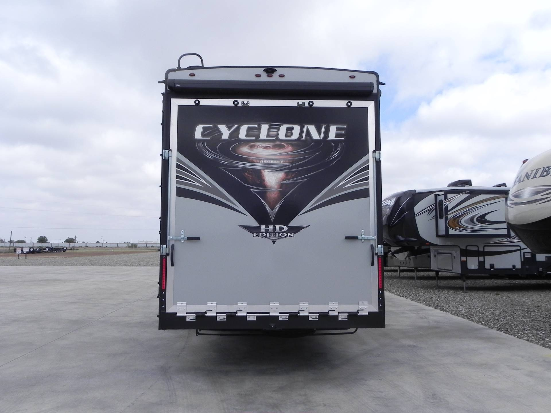 2020 Heartland Cyclone 4007 in Wolfforth, Texas - Photo 3