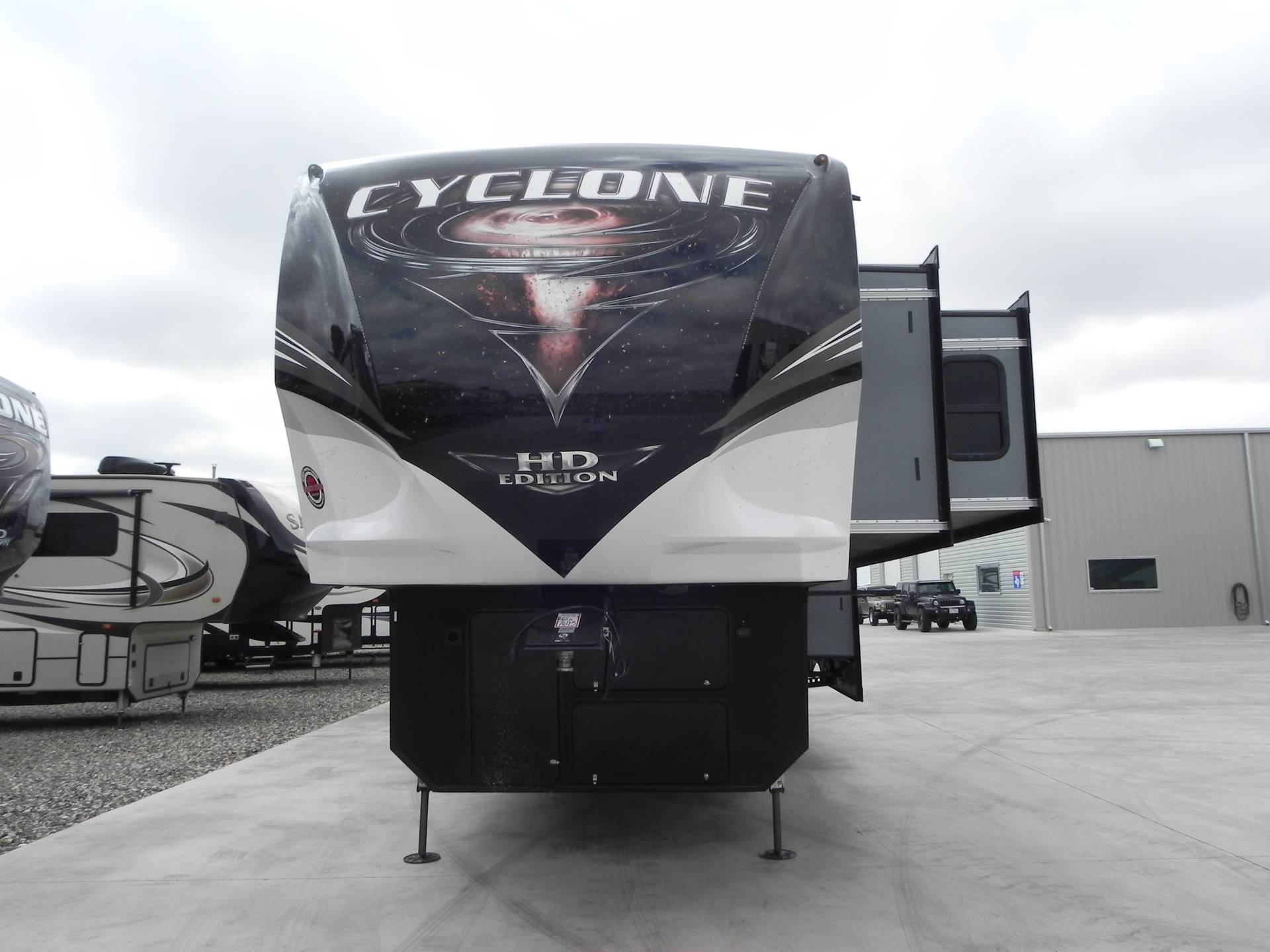 2020 Heartland Cyclone 4007 in Wolfforth, Texas - Photo 4