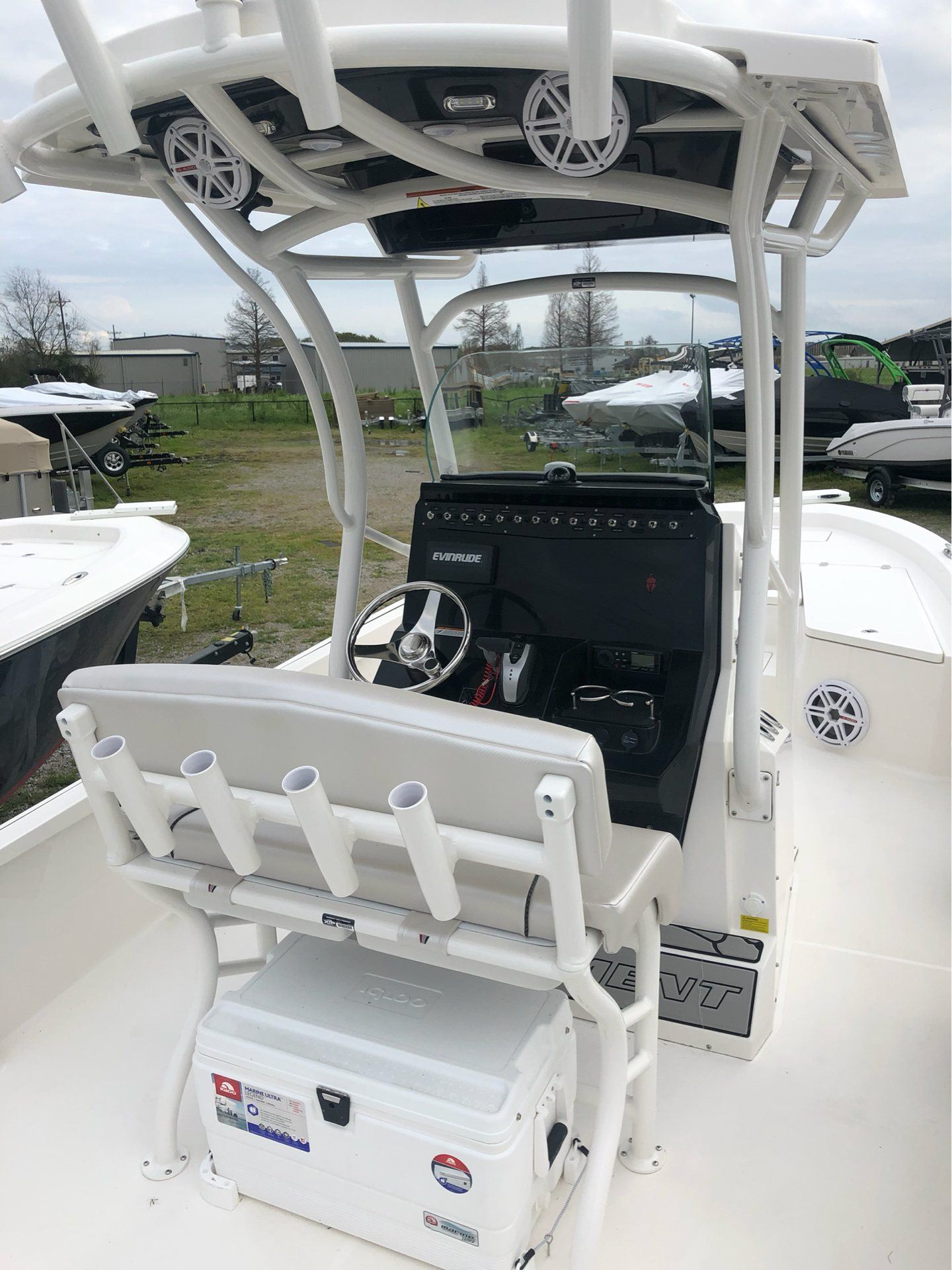 2019 Wellcraft 241 Bay in Lafayette, Louisiana - Photo 4