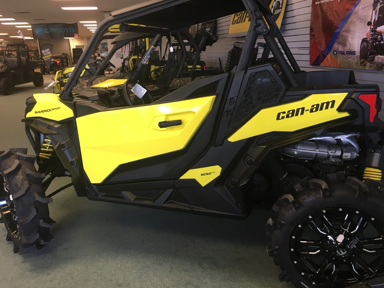 2019 Can-Am Maverick Sport DPS 1000R in Lafayette, Louisiana - Photo 3