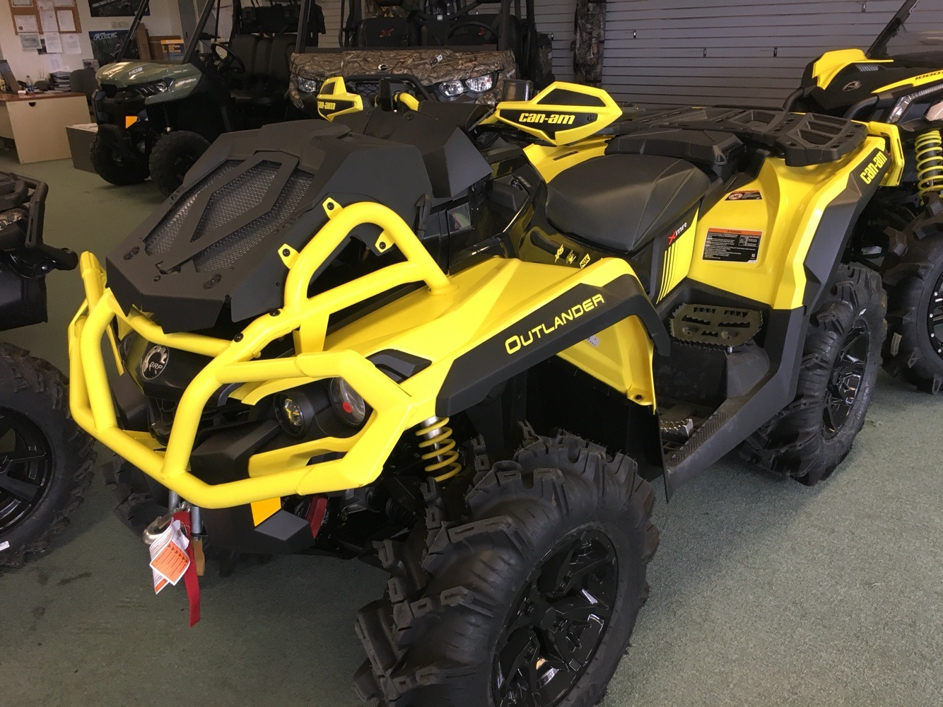 2019 Can-Am Outlander X mr 1000R in Lafayette, Louisiana - Photo 2