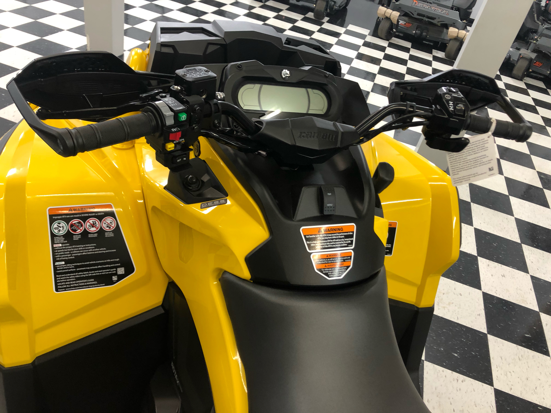 2021 Can-Am Outlander X MR 1000R with Visco-4Lok in Lafayette, Louisiana - Photo 6