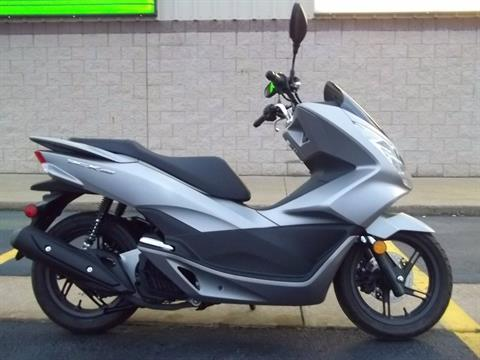 2016 Honda PCX150 in Canton, Ohio