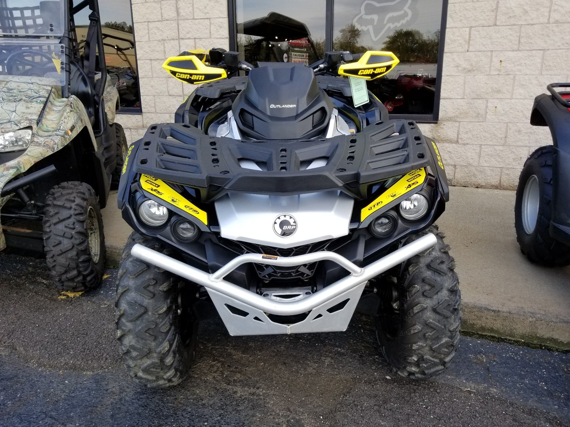 2019 Can-Am Outlander X XC 1000R in Canton, Ohio - Photo 2
