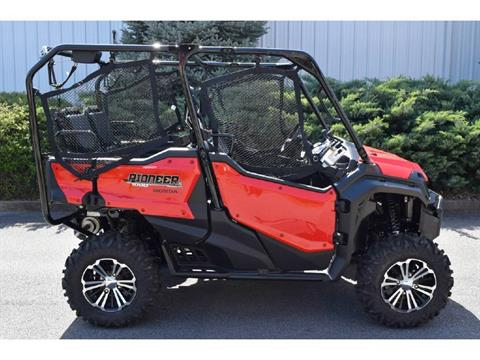 2018 Honda Pioneer 1000 5 seater deluxe in Madera, California