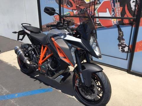 2016 KTM 1290 Super Duke R in Orange, California