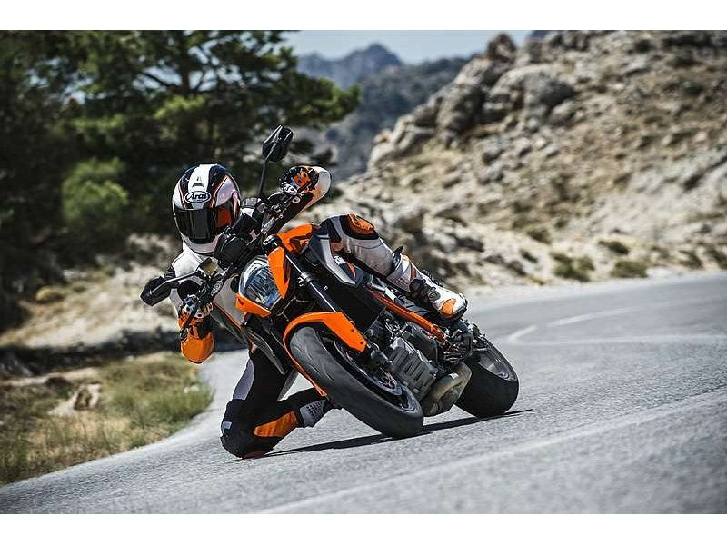 2015 KTM 1290 Super Duke R in Orange, California