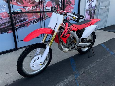 2006 Honda CRF 450 in Orange, California - Photo 2