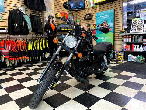 2017 Suzuki Boulevard S40 in Huntington Station, New York - Photo 8