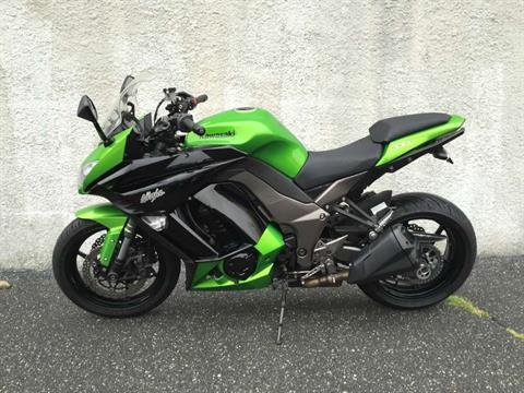 2012 Kawasaki Ninja® 1000 in Hicksville, New York - Photo 2
