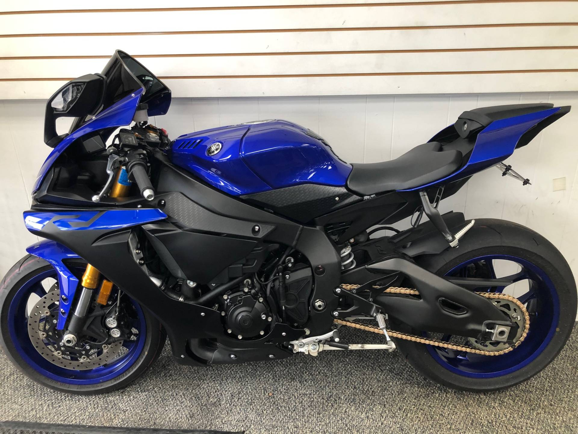 2019 Yamaha YZF-R1 in Hicksville, New York - Photo 4