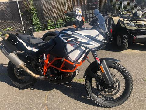 2017 KTM 1090 Adventure R in Hicksville, New York