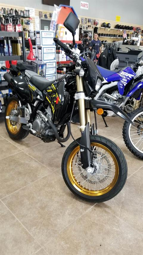 2018 Suzuki DR-Z400SM in Mineola, New York