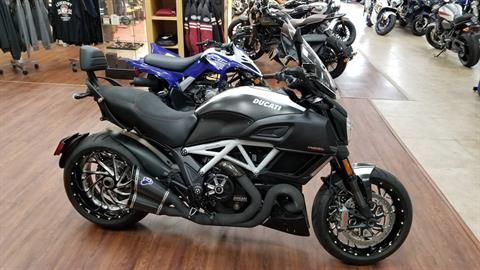 2015 Ducati Diavel Carbon in Mineola, New York