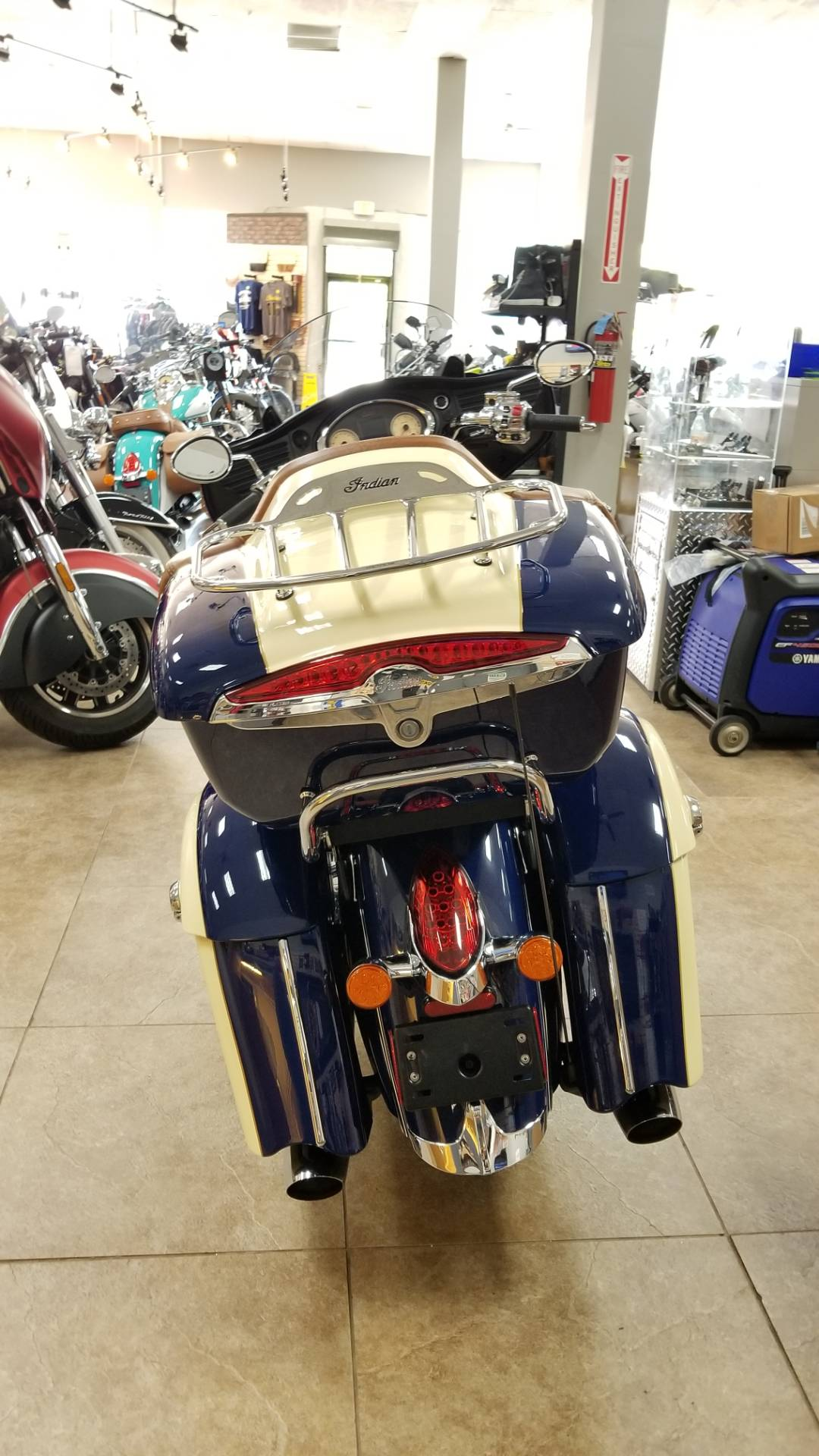2016 Indian Roadmaster® in Mineola, New York - Photo 3