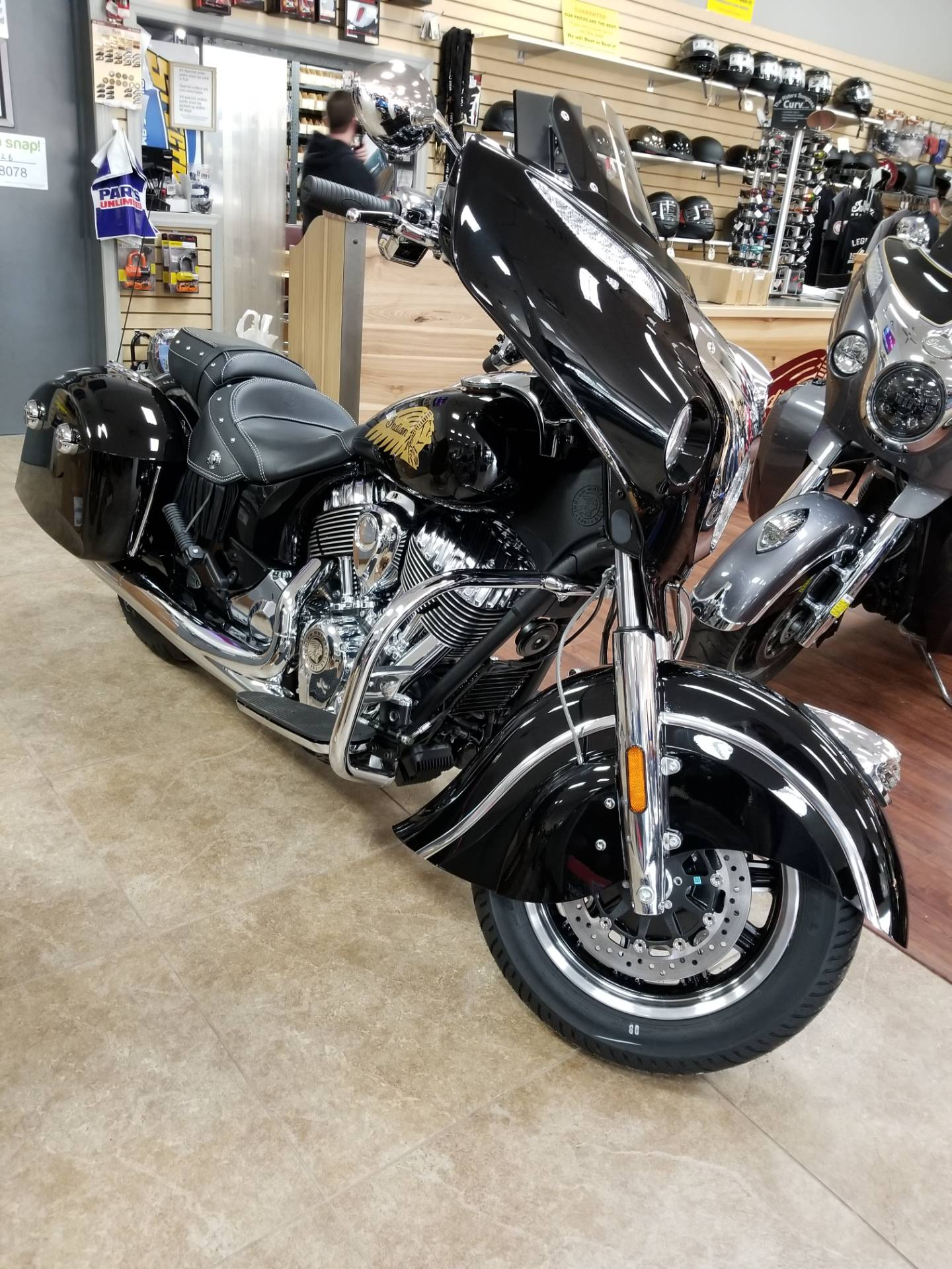 2019 Indian Chieftain® Classic ABS in Mineola, New York - Photo 1