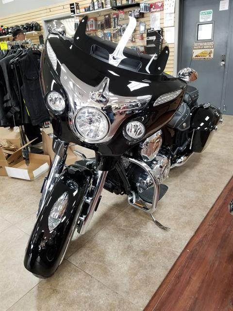 2019 Indian Chieftain® Classic ABS in Mineola, New York - Photo 3