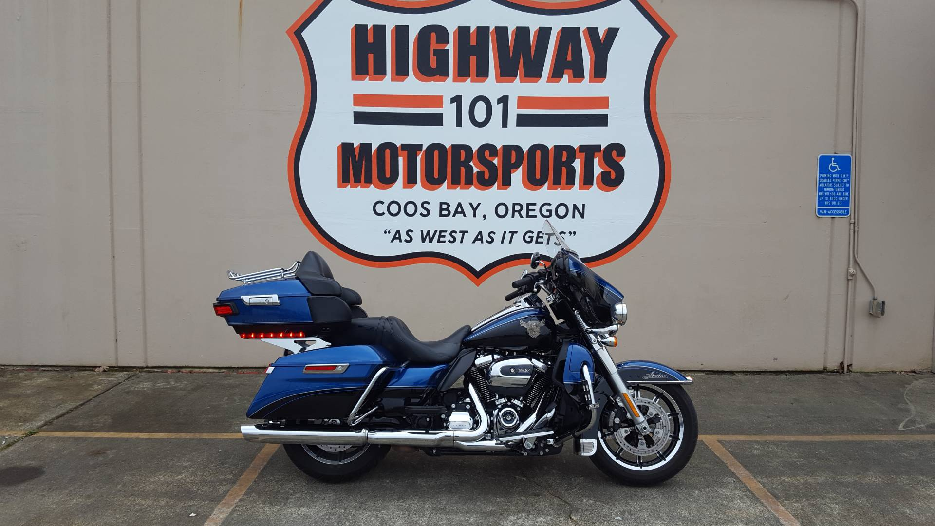 2018 Harley-Davidson 115th Anniversary Ultra Limited in Coos Bay, Oregon - Photo 1