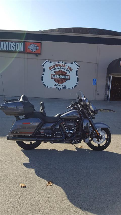 2020 Harley-Davidson CVO™ Limited in Coos Bay, Oregon - Photo 2