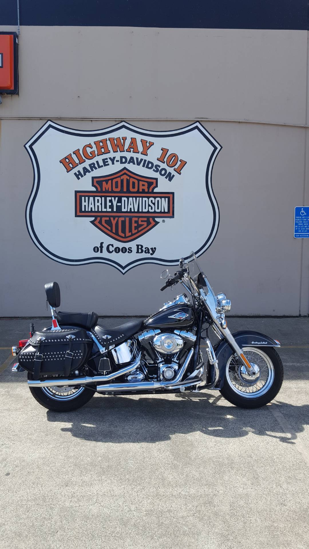 2011 Harley-Davidson Heritage Softail® Classic in Coos Bay, Oregon - Photo 3