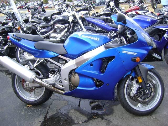 2008 ZZR600