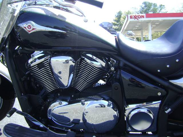 2016 Kawasaki Vulcan 900 Classic LT in Asheville, North Carolina