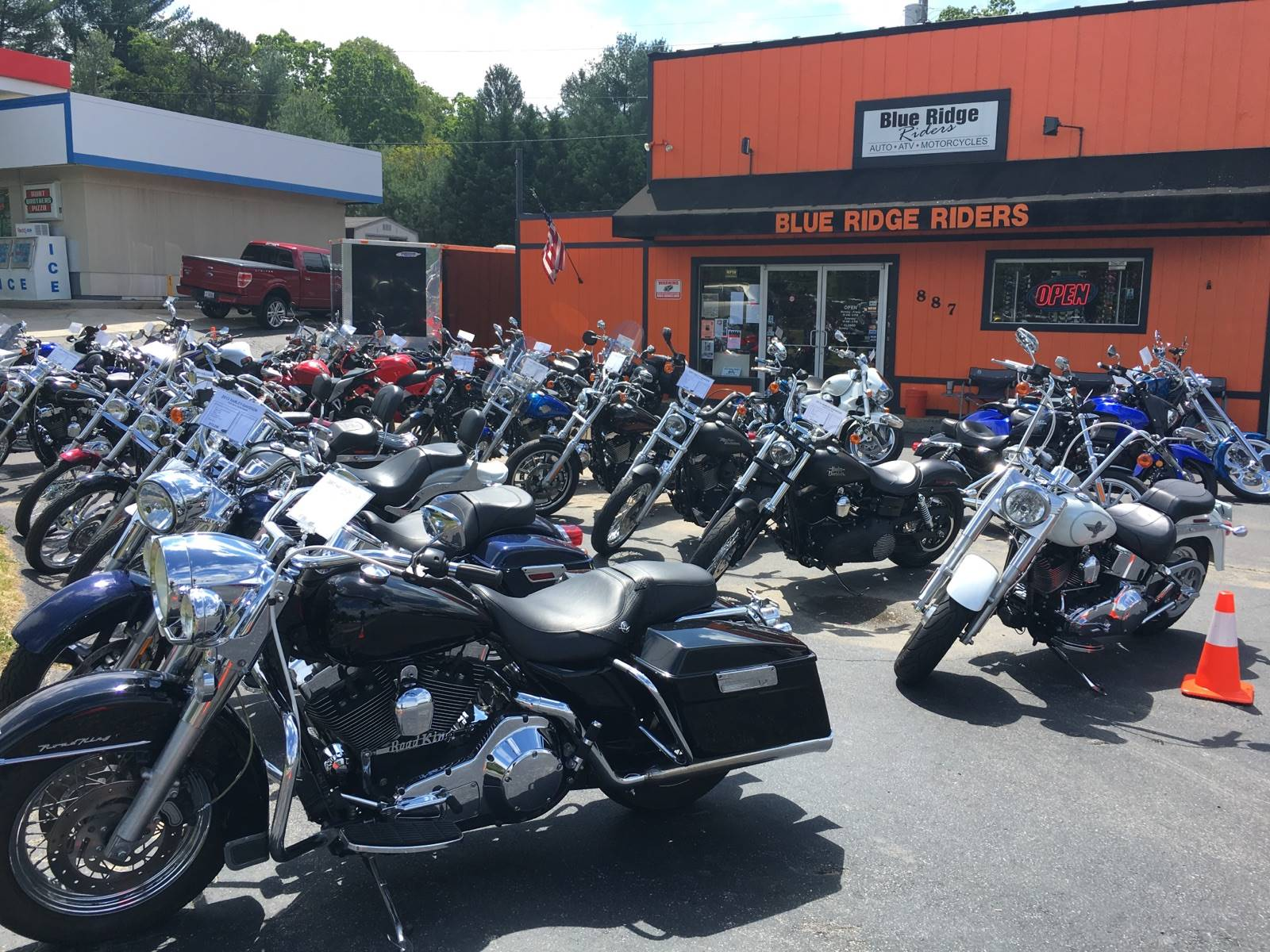 used 2010 harley-davidson sportster® 883 low motorcycles in