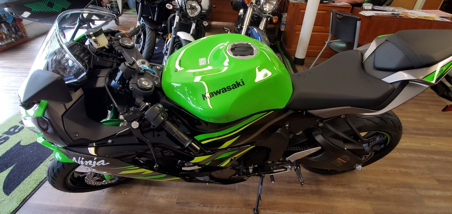 2019 Kawasaki Ninja ZX-6R ABS KRT Edition in Ledgewood, New Jersey - Photo 2