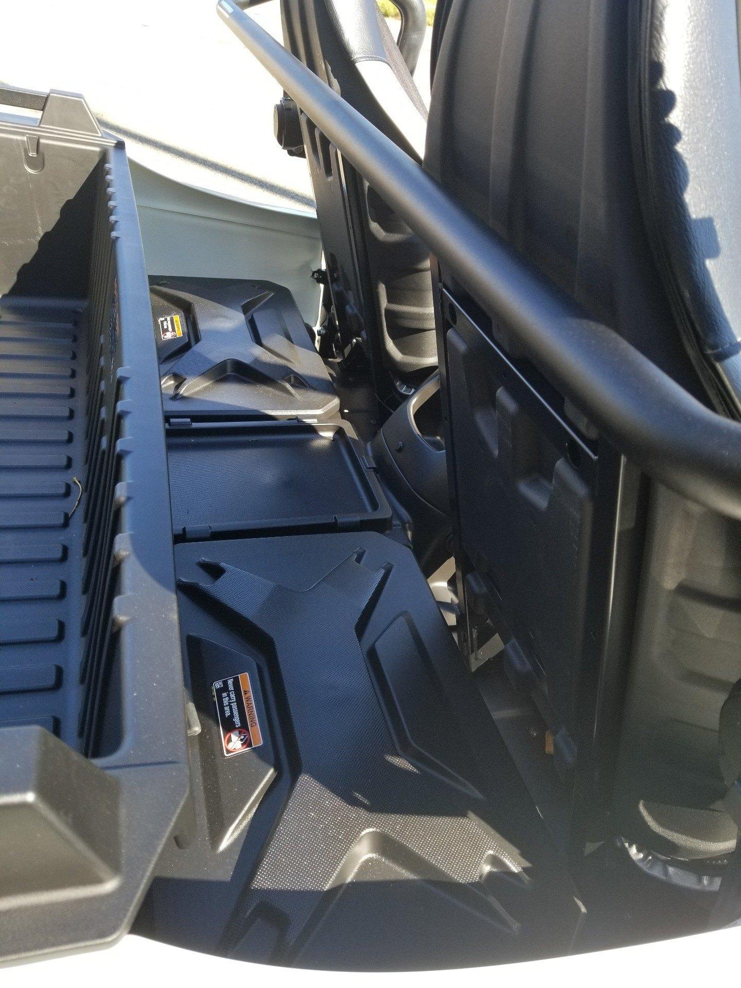 2018 Kawasaki Teryx 6