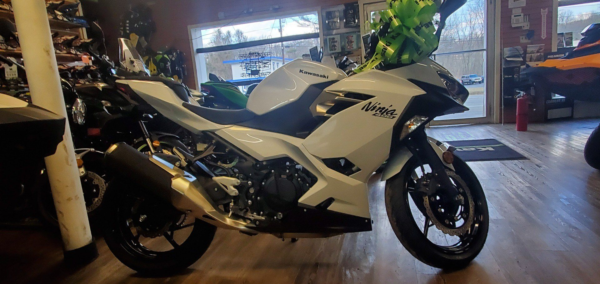 2020 Kawasaki Ninja 400 in Ledgewood, New Jersey - Photo 5