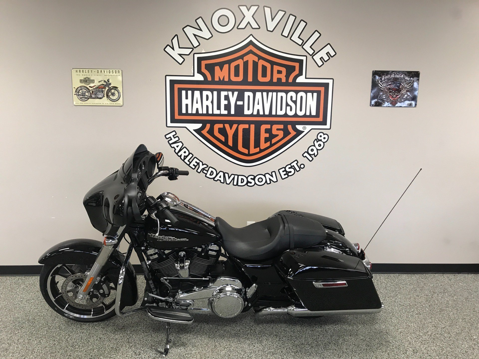 2020 Harley-Davidson Street Glide® in Knoxville, Tennessee - Photo 17