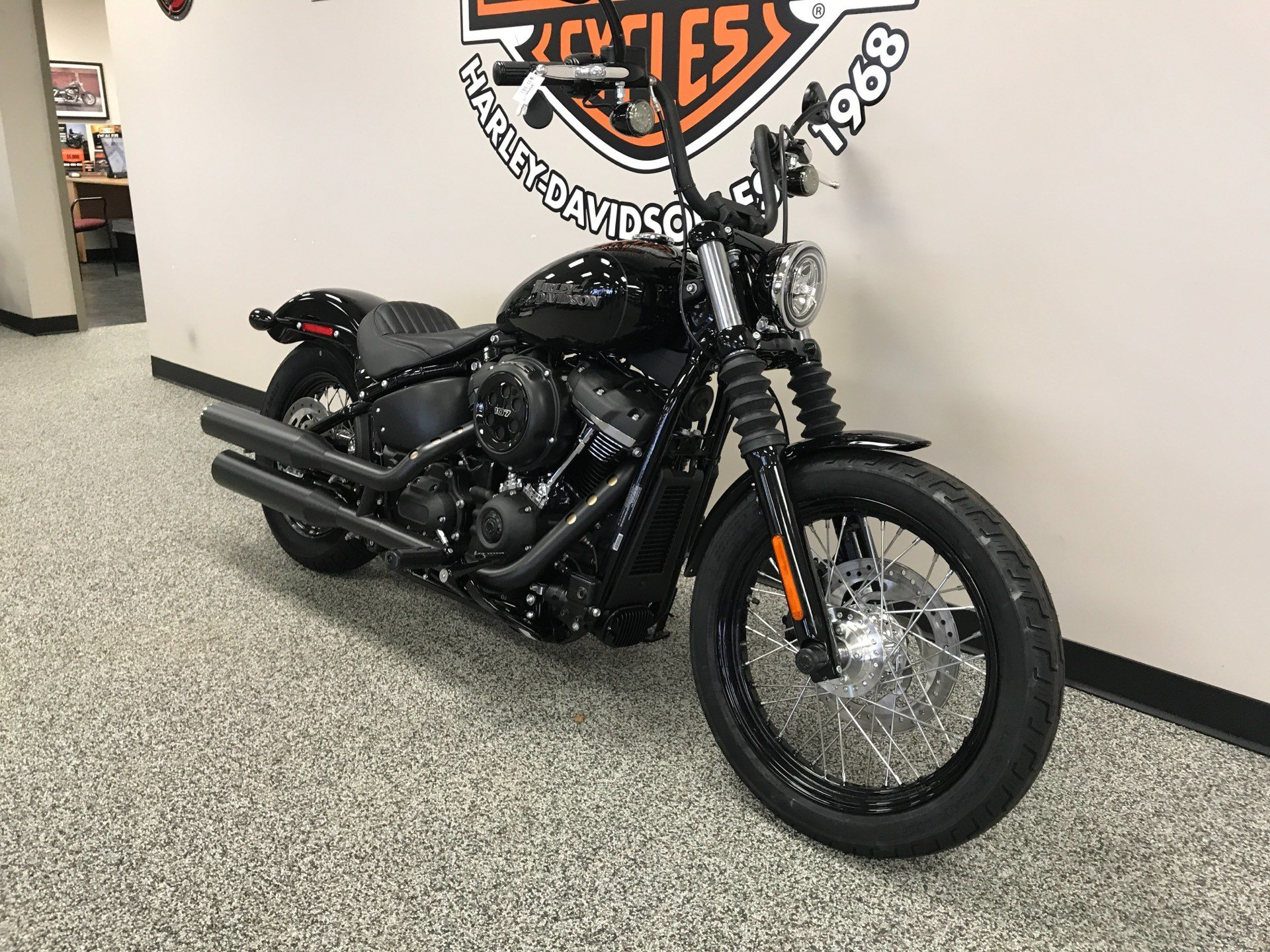 2020 Harley-Davidson Street Bob® in Knoxville, Tennessee - Photo 12