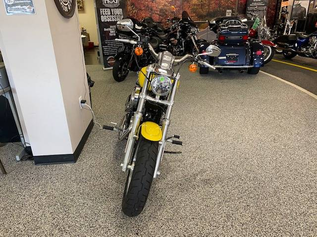2017 Harley-Davidson 1200 Custom in Knoxville, Tennessee - Photo 17