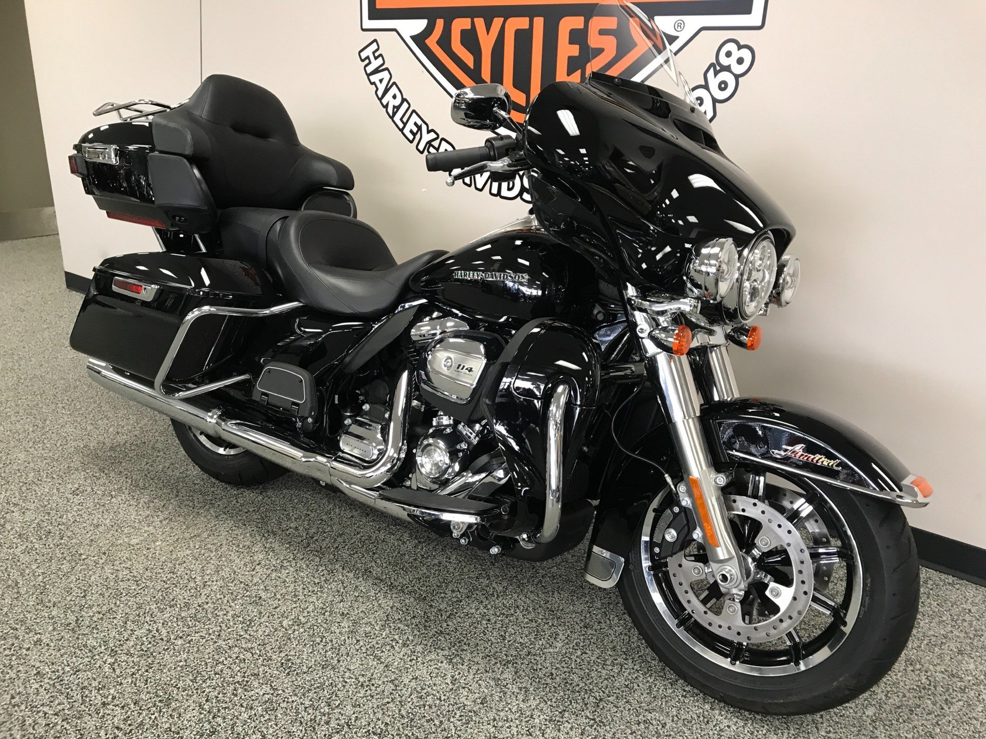 2019 Harley-Davidson Ultra Limited in Knoxville, Tennessee - Photo 16