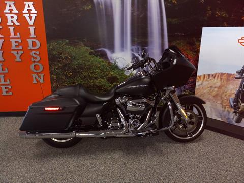 2017 Harley-Davidson Road Glide® Special in Knoxville, Tennessee - Photo 5