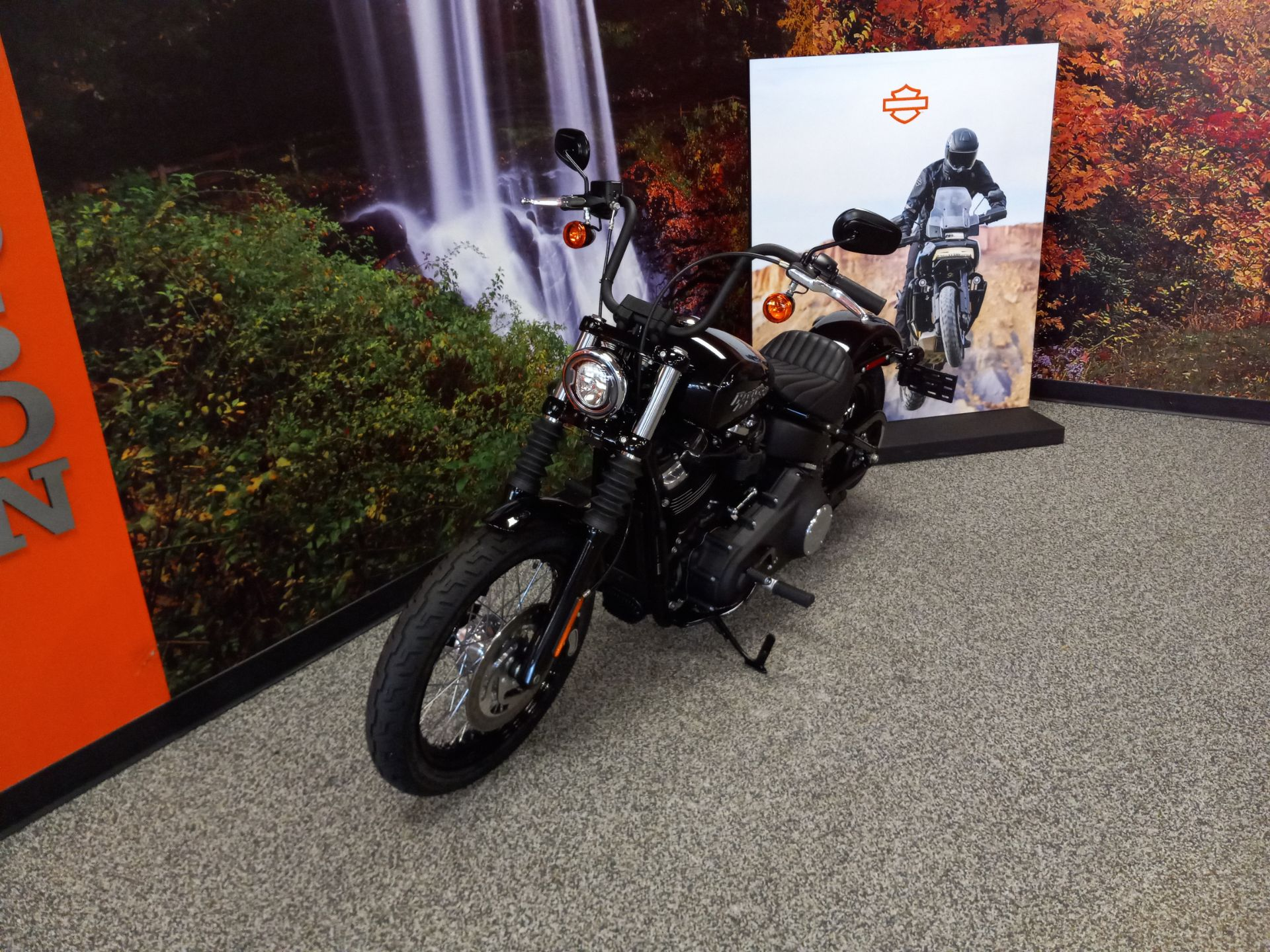 2020 Harley-Davidson Street Bob in Knoxville, Tennessee - Photo 2