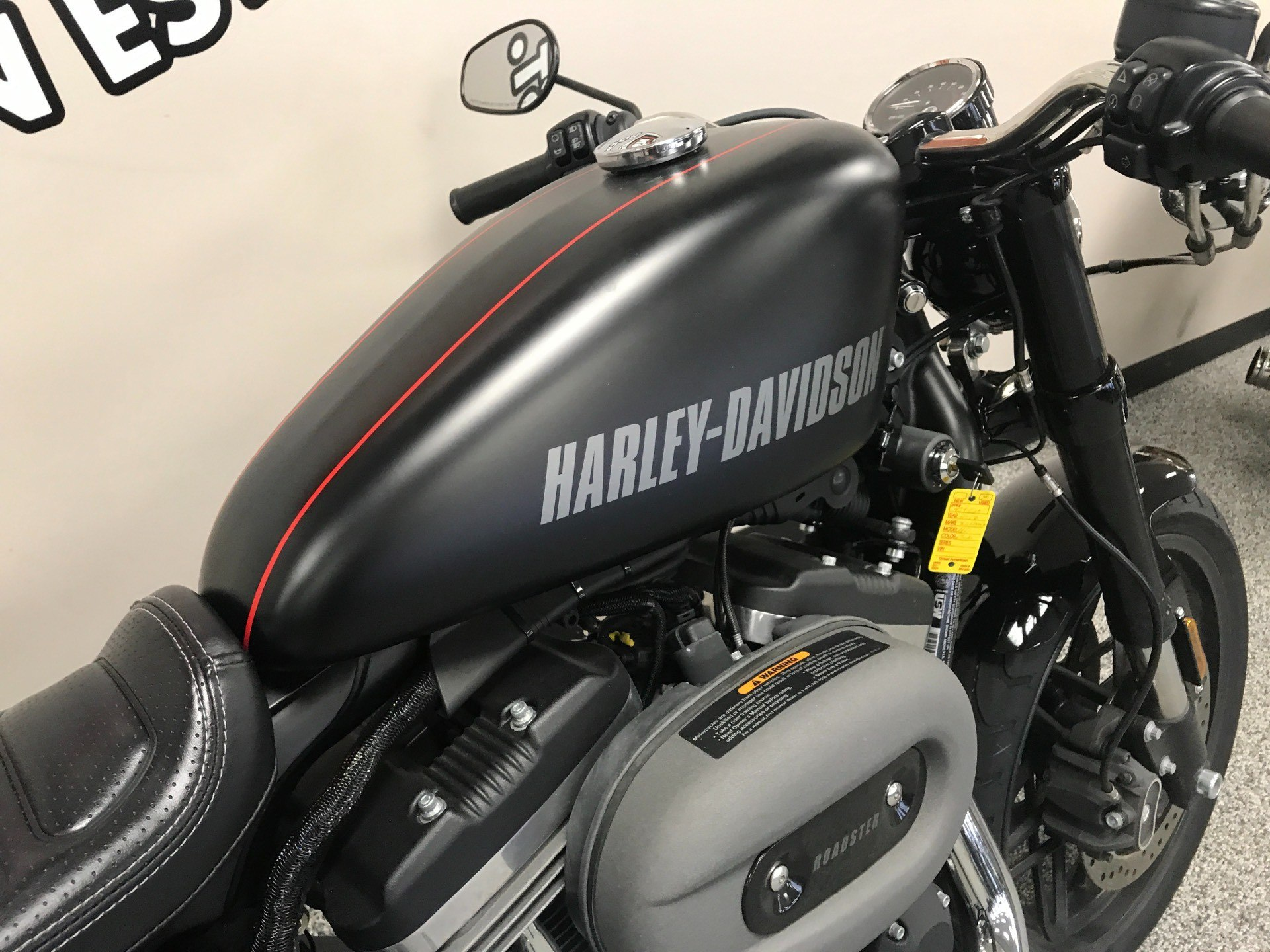 2017 Harley-Davidson Roadster™ in Knoxville, Tennessee - Photo 5