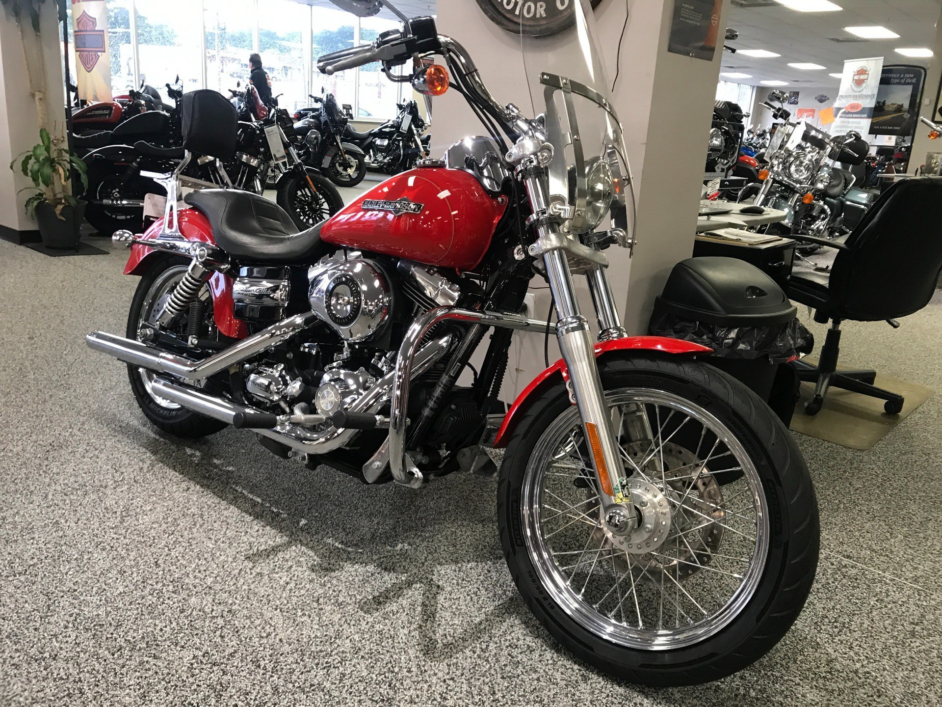 2011 Harley-Davidson Dyna® Super Glide® Custom in Knoxville, Tennessee - Photo 14
