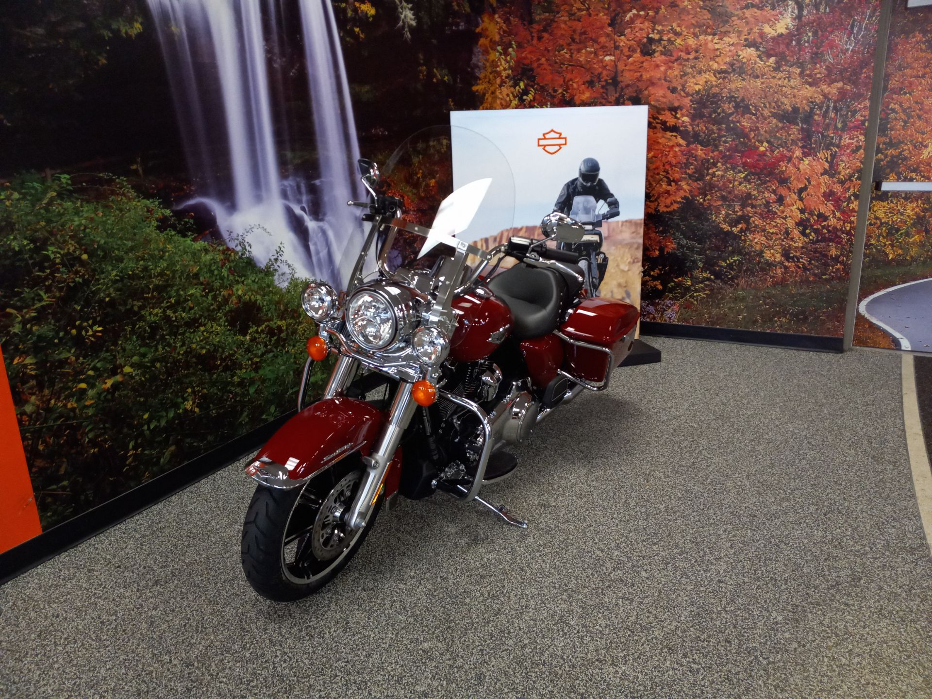 2020 Harley-Davidson Road King in Knoxville, Tennessee - Photo 2
